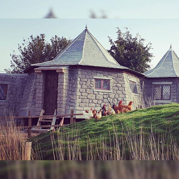 Harry Potter dormir cabane Hagrid Angleterre gîte Colmar