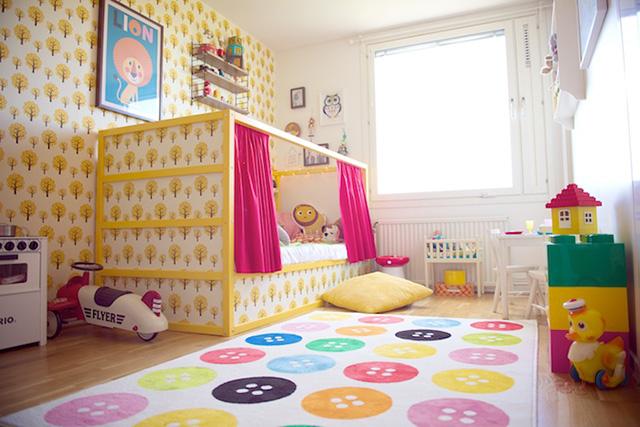 les super transformations de lit pour enfant kura d 39 ikea. Black Bedroom Furniture Sets. Home Design Ideas