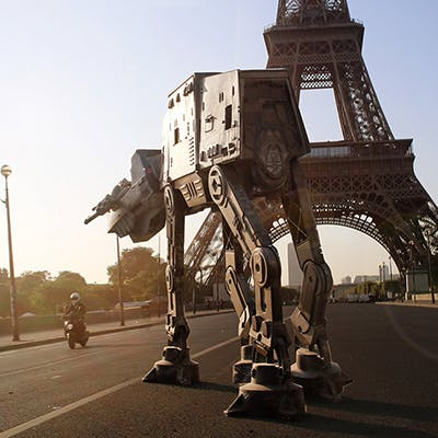 Il transpose Star Wars en plein Paris