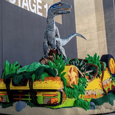 Jurassic World : l'impressionante sculpture de Lego