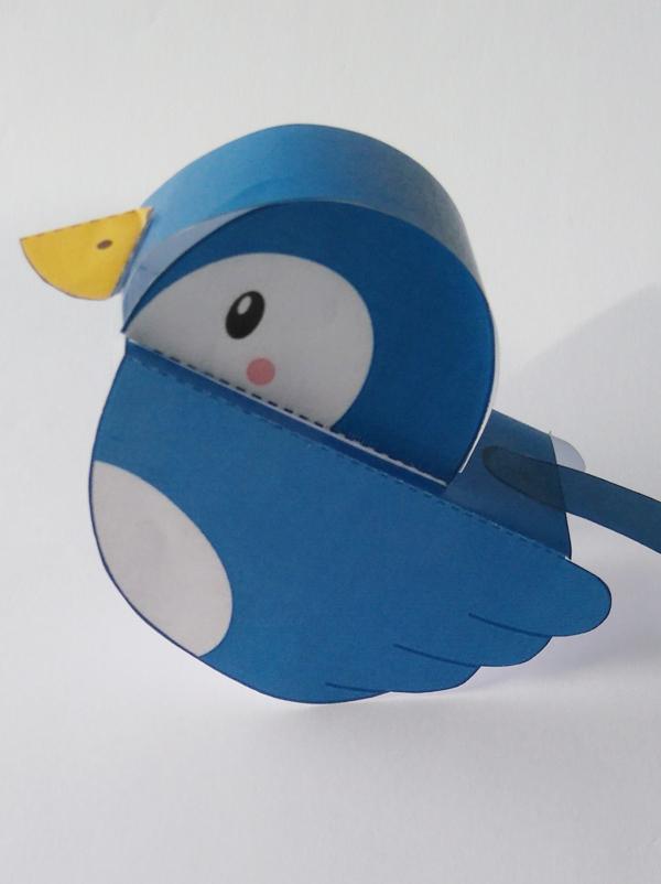 L'oiseau bleu en papier