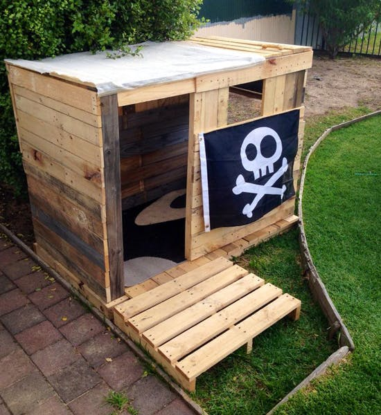la cabane pirate. Black Bedroom Furniture Sets. Home Design Ideas