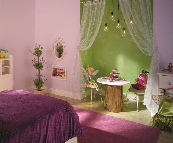 la chambre d 39 enfant de la f e clochette. Black Bedroom Furniture Sets. Home Design Ideas