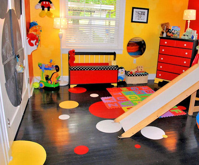 La chambre d 39 enfant la maison de mickey - Decoration mickey chambre ...