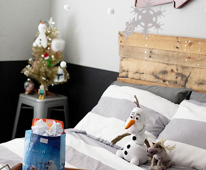 La chambre d 39 enfant olaf de la reine des neiges for Chambre reine des neiges
