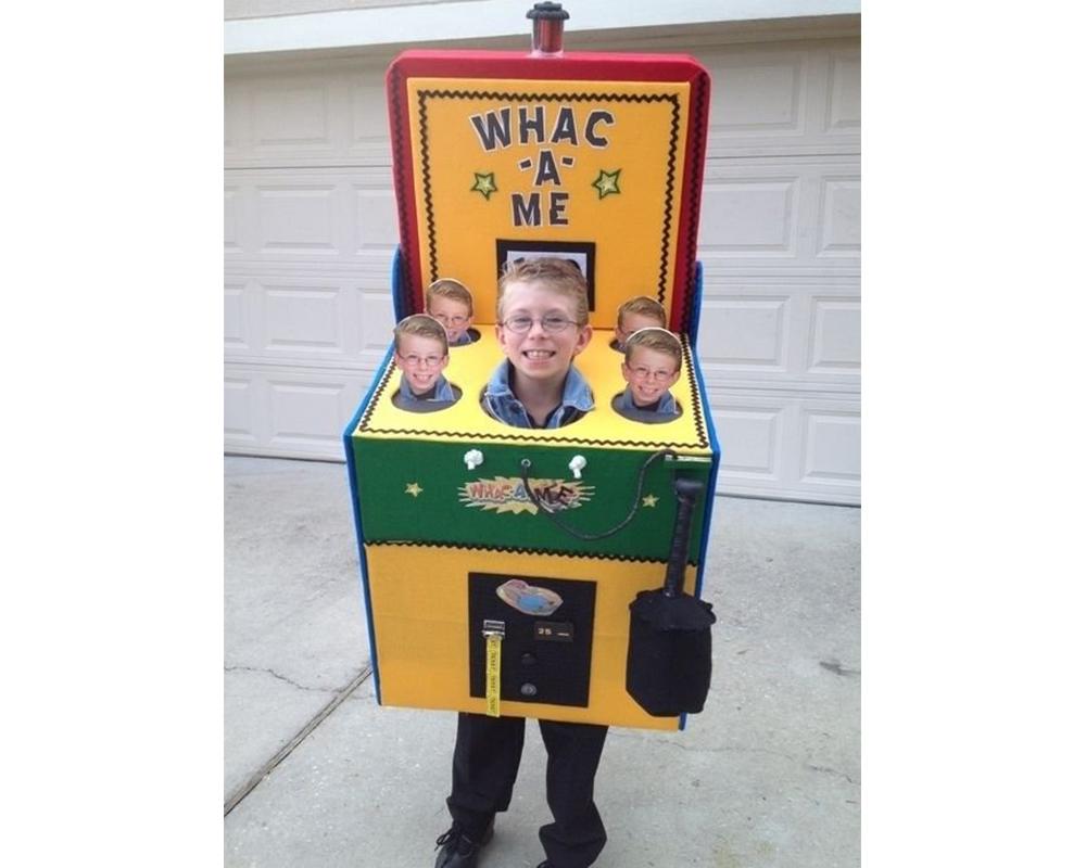 Le jeu de la taupe déguisements costumes enfants halloween