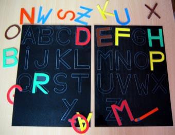 Lecture en jeu : le jeu de l'alphabet