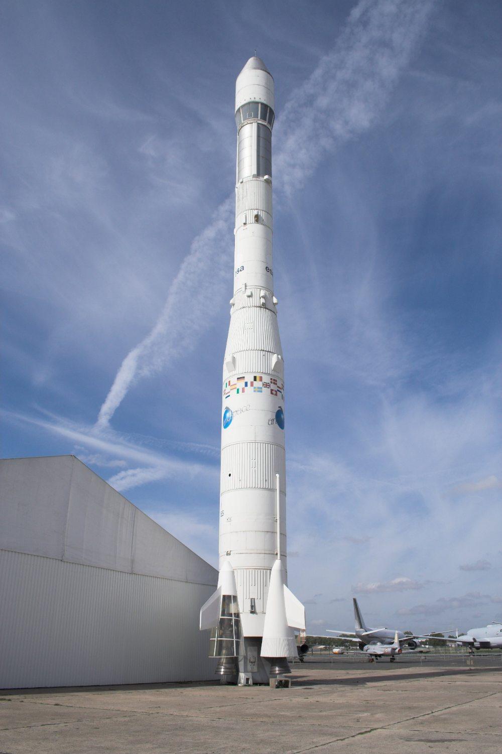 Maquette d'Ariane I au Musée de l'air et de l'espace
