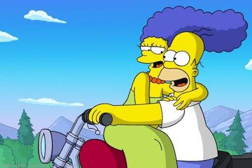 Marge et homer les simpson - Dessin marge simpson ...