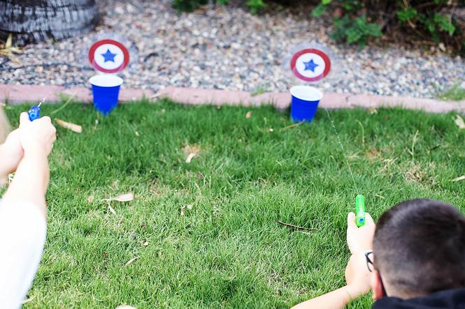 idée de jeu avec des pistolets à eau