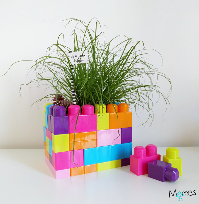 pot de fleur en lego