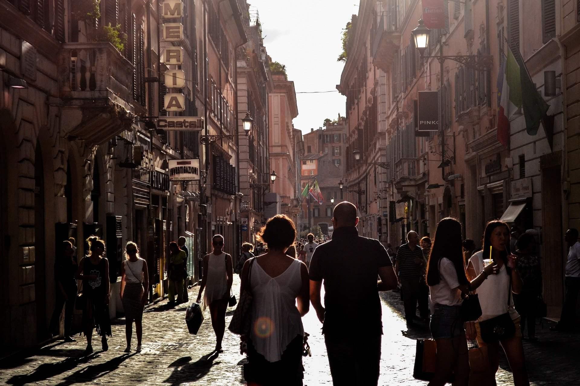 Promenade en fin de journée à Naples