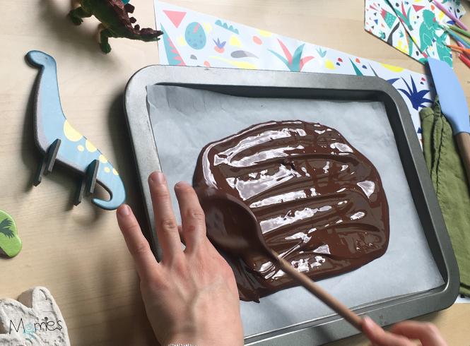 Réalisation crête gâteau Dino 2