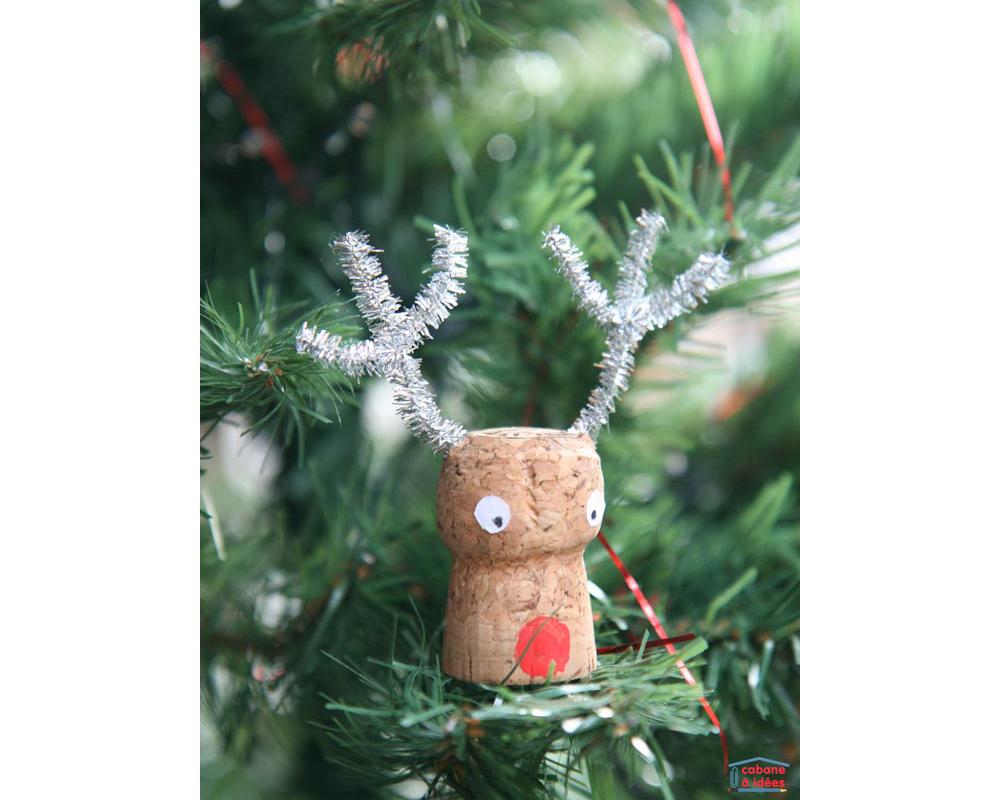 idées décorations Noël rapides simples faciles dernière minute Rudolph Le Renne bouchon