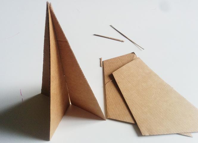 sapin en carton 3D