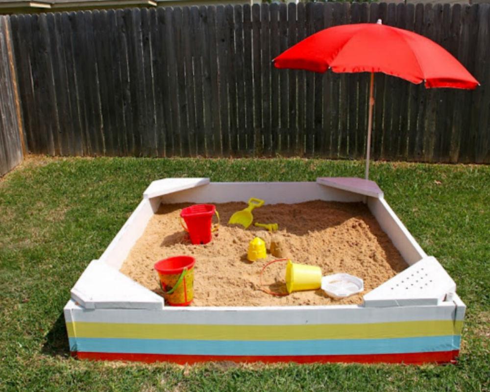 Un bac à sable fait maison - Momes net