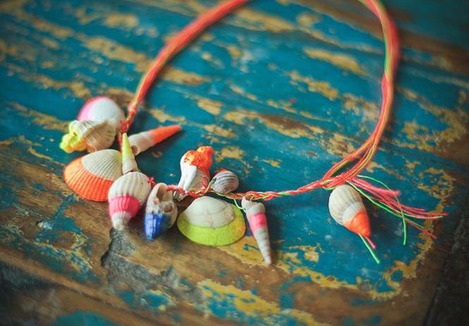 faire un collier avec des coquillages