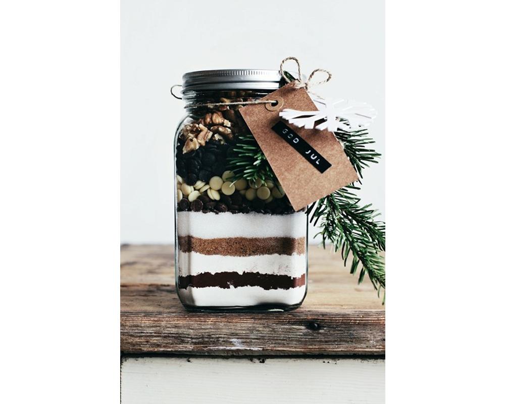 idées cadeaux Noël DIY faire soi-même bricolages un kit cookies de Noël