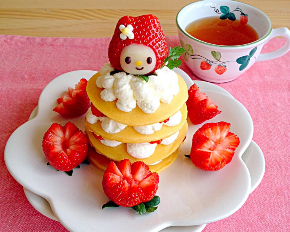 crêpes rigolotes fraises hello kitty chandeleur