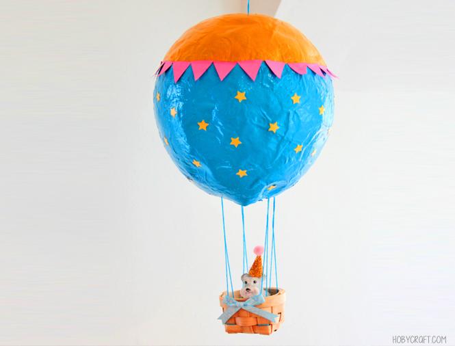 montgolfière en papier mâché