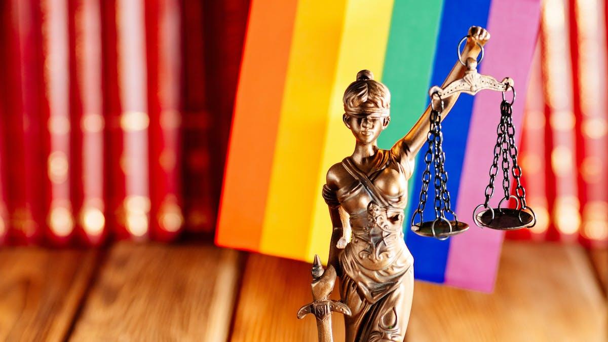 Une femme transgenre ne peut pas être reconnue comme la mère de sa fille : la Cour de cassation a tranché