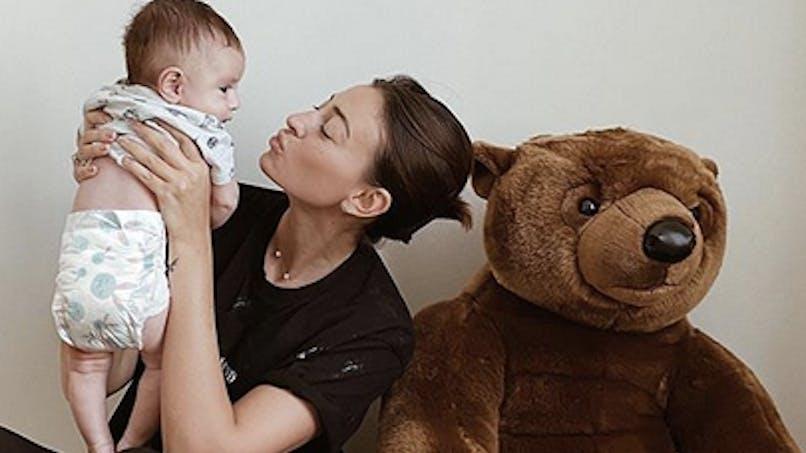 Après-bébé : Rachel Legrain-Trapani trouve que son corps « en a pris un coup »