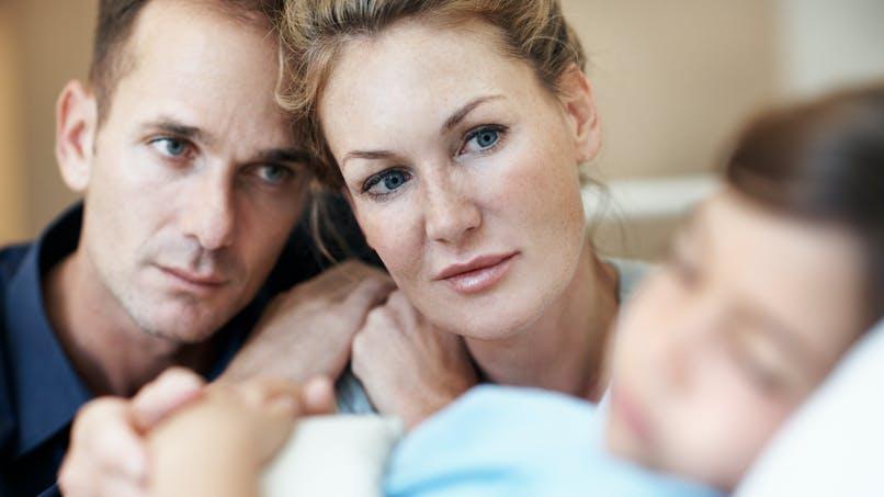 Covid-19 : le message poignant aux parents d'un père dont l'enfant est hospitalisé pour des complications