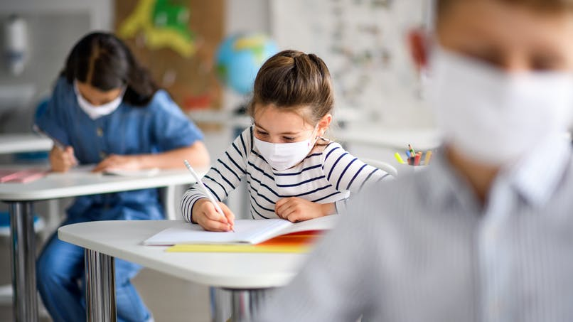 Les enfants retourneront-ils à l'école après les vacances de la Toussaint ?