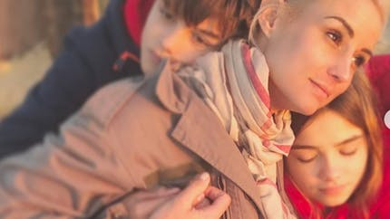 Famille : la balade en forêt écourtée d'Élodie Gossuin et de ses enfants ! Pourquoi ?