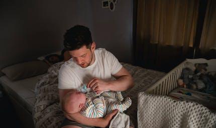 Sommeil de bébé : pourquoi les jeunes parents ne devraient pas trop s'inquiéter, selon une nouvelle étude