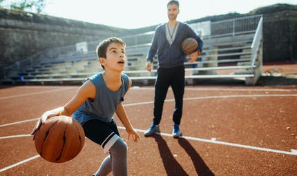 Activité physique: les pratiques sportives des adolescents sont très liées à celles des parents