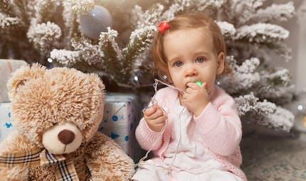 Noël: jouets électriques, pâte Slime... bien choisir les cadeaux pour éviter les risques chez les enfants