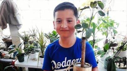 États-Unis : à 8 ans, il crée une mini-entreprise de vente de plantes pour aider sa famille en difficulté