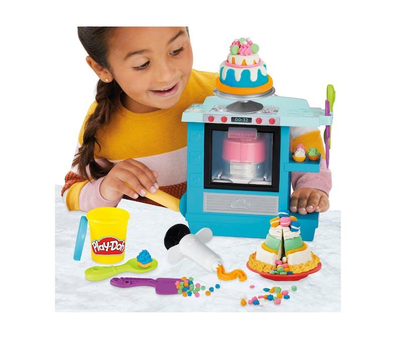 Le gâteau d'anniversaire Play-Doh