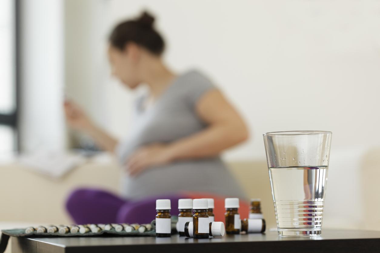 Enceinte, on se soigne au naturel avec les médecine douces