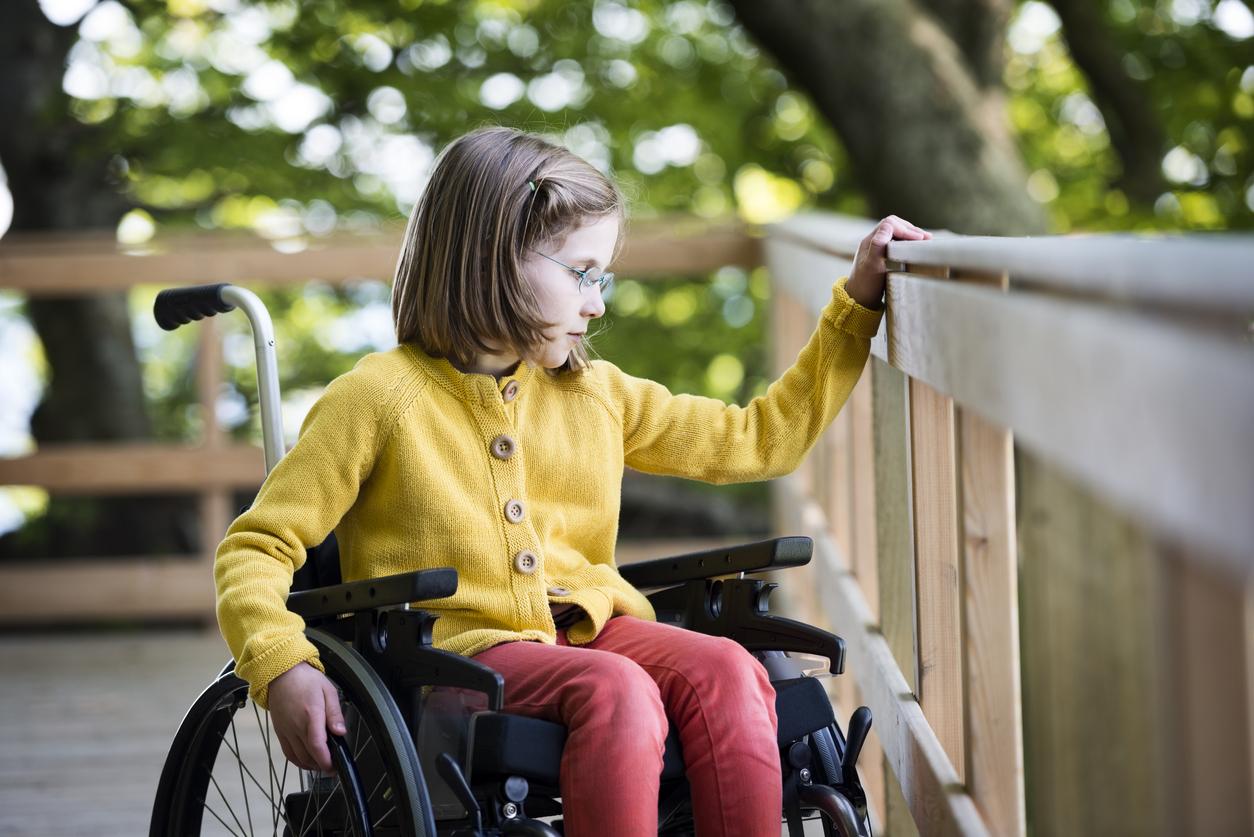 Maltraitance : une mère oblige sa fille à vivre six ans en fauteuil roulant