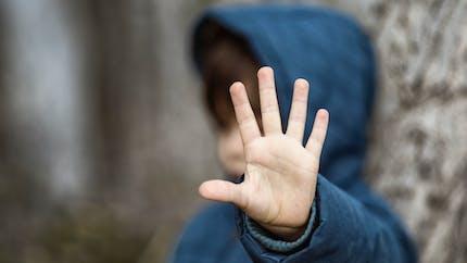 Interview de Muriel Salmona, psychiatre : « Comment protéger les enfants des violences sexuelles ? »