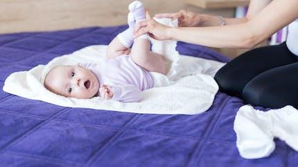 Soins de bébé : des lingettes rappelées à cause d'une contamination microbienne