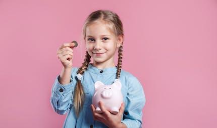 A 5 ans, cette petite fille économise de l'argent pour changer de prénom