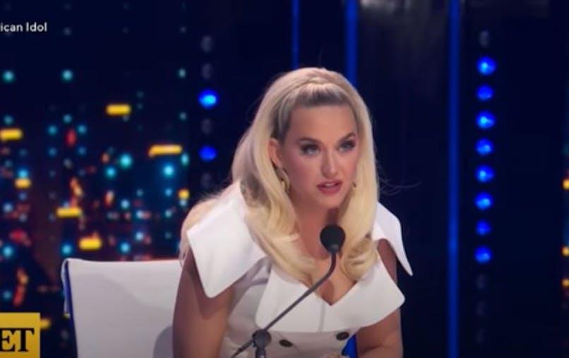 Katy Perry maman : elle raconte avec humour ce que le manque de temps implique côté épilation
