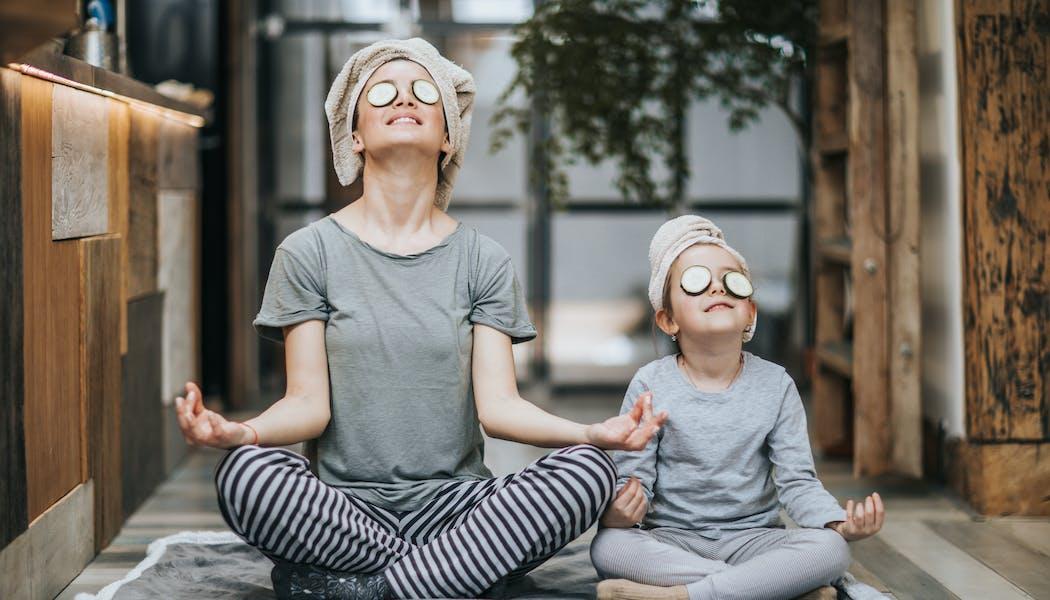 Témoignages : ils pratiquent la méditation avec leurs enfants