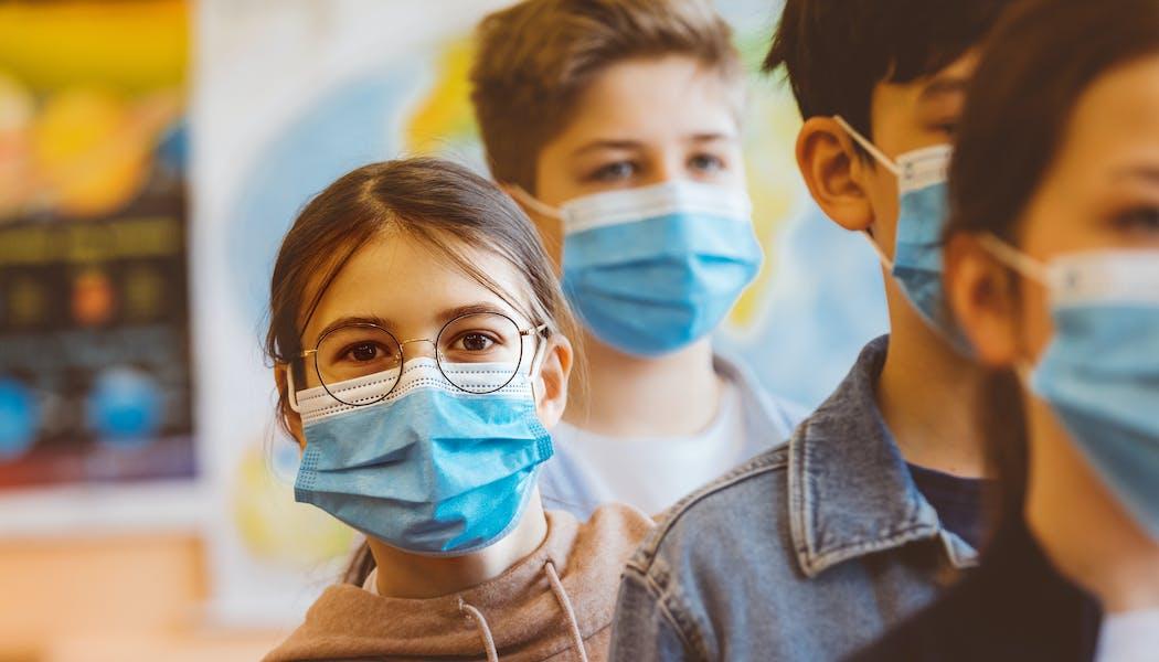 Covid-19 bébé et enfant : symptômes, tests, vaccins