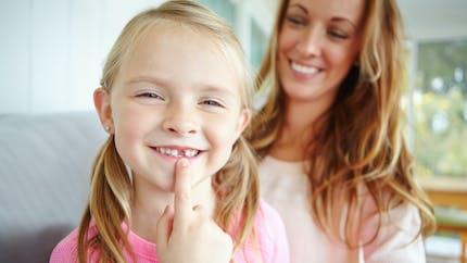 Perte des dents de lait : faut-il parler de la Petite souris aux enfants ?