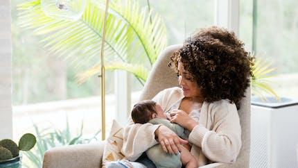 Frein de langue du bébé : quand faut-il (vraiment) opérer ?