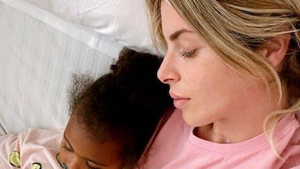 Louna, la fille d'Emilie Fiorelli, hospitalisée pour une ostéomyélite : qu'est-ce que c'est ?