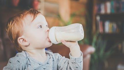Pourquoi il faut donner du lait de croissance à son bébé