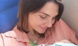 Alice Detollenaere : que fait-elle pour soulager son fils de sa naissance difficile ?