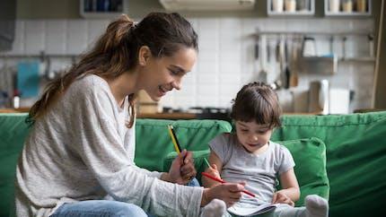 Garde d'enfant : et si on optait pour des baby-sitters bilingues et créatives ?