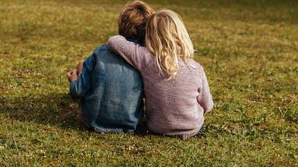 Maladie de Batten : trois enfants d'une même famille en sont atteints, qu'est-ce que c'est ?