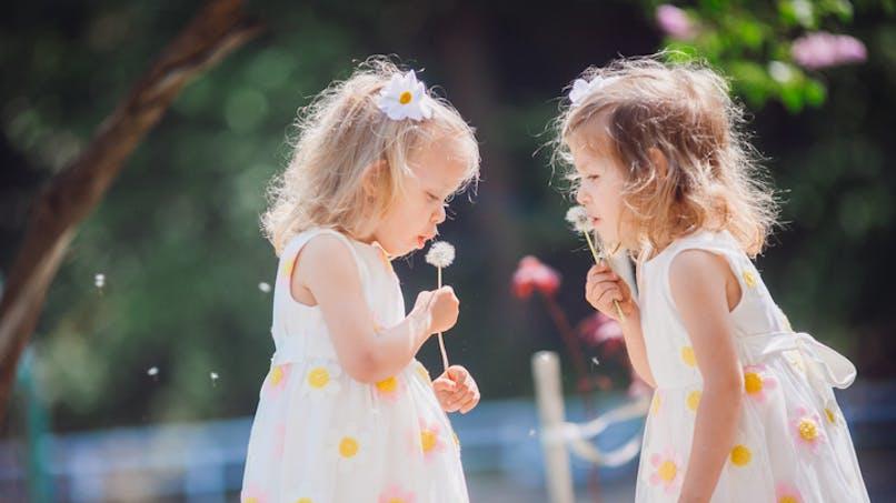 recherche des prénoms jumelles filles 2021)